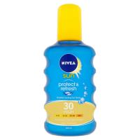 NIVEA Sun Neviditeľný sprej na opaľovanie Protect & Refresh OF 30 200 ml